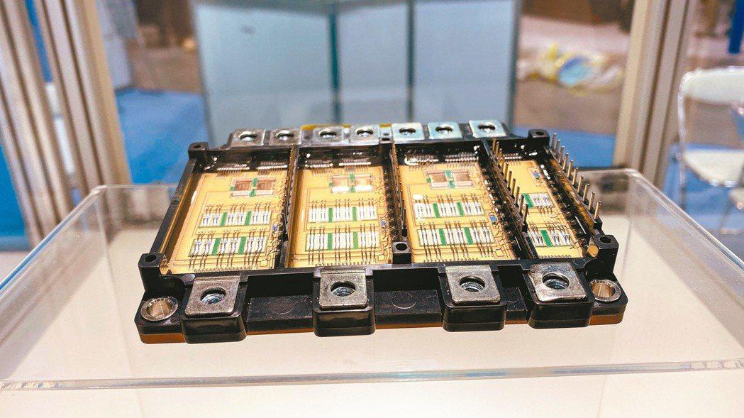 工研院在日本國際電子製造關聯展(INTERNEPCON JAPAN)上展示全球首...