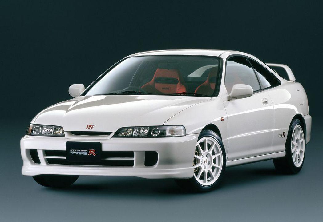 Honda Integra Type-R (DC2)。 摘自Honda