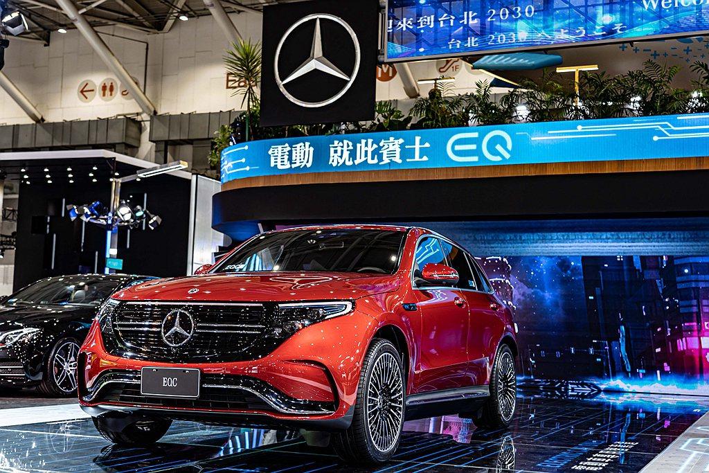 台灣日前也在車展上公布預售價格,但交車時間仍無法確認。 圖/Mercedes-B...