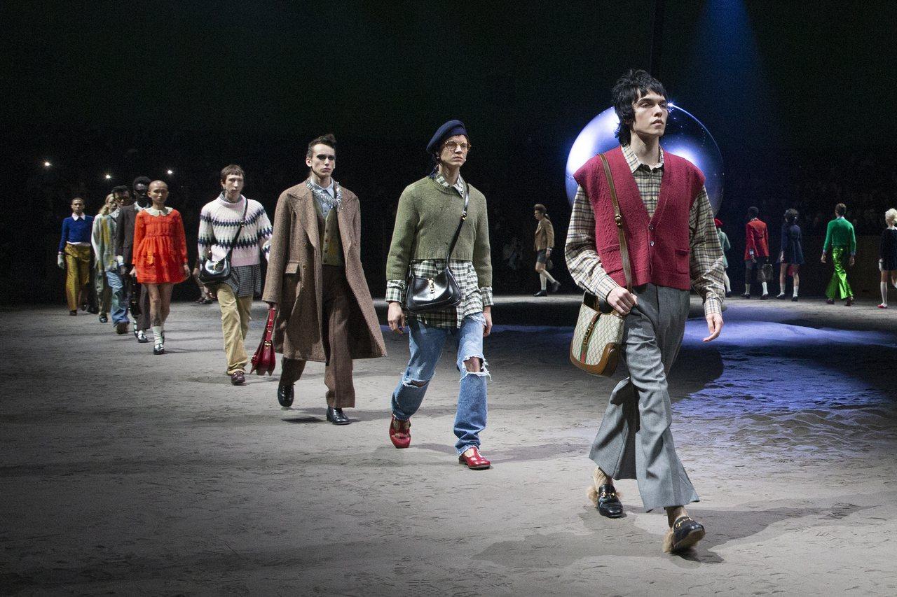 今年的2020秋冬米蘭男裝周相當熱鬧,許多之前將男女系列合併辦秀的品牌都回歸,G...