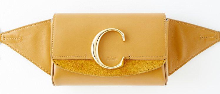 Chloé C淺咖啡色腰包,售價32,300元。圖/Chloé提供