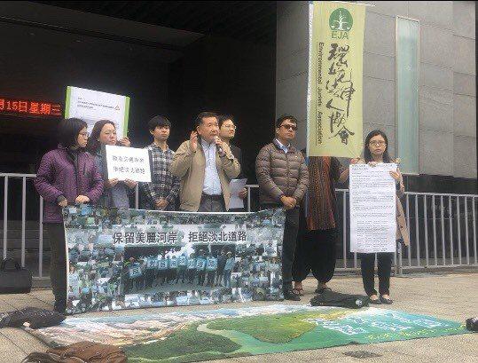 前北市交通局長濮大威連署反對淡北道路案。記者侯俐安/攝影