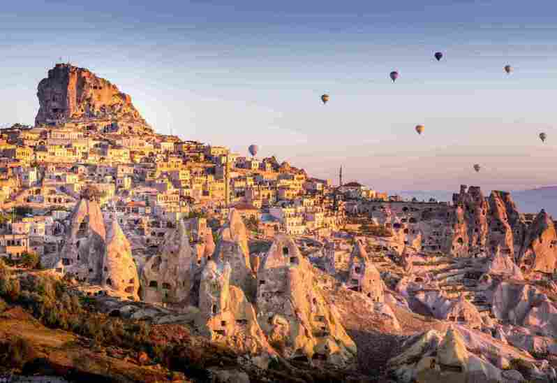 Booking.com特別根據各國獲獎住宿比例獲獎比例評選出「全球十大最好客城市」,其中土耳其的「格雷梅」已連續兩年奪下全球最好客城市之冠。 圖/Booking.com提供