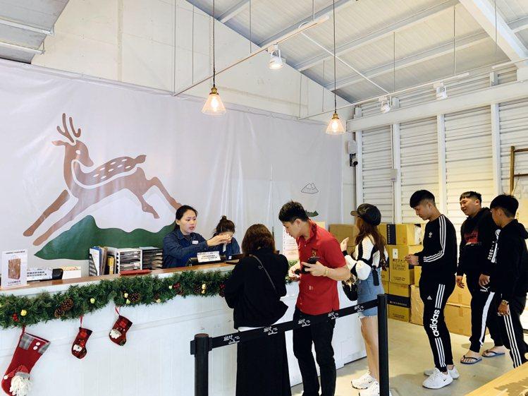 斑比山丘入園購票處。記者張芳瑜/攝影
