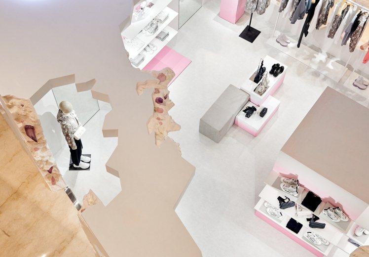「DIOR 2020夏季男裝系列微風南山期間限定概念店」開設至2月23日止。圖/...