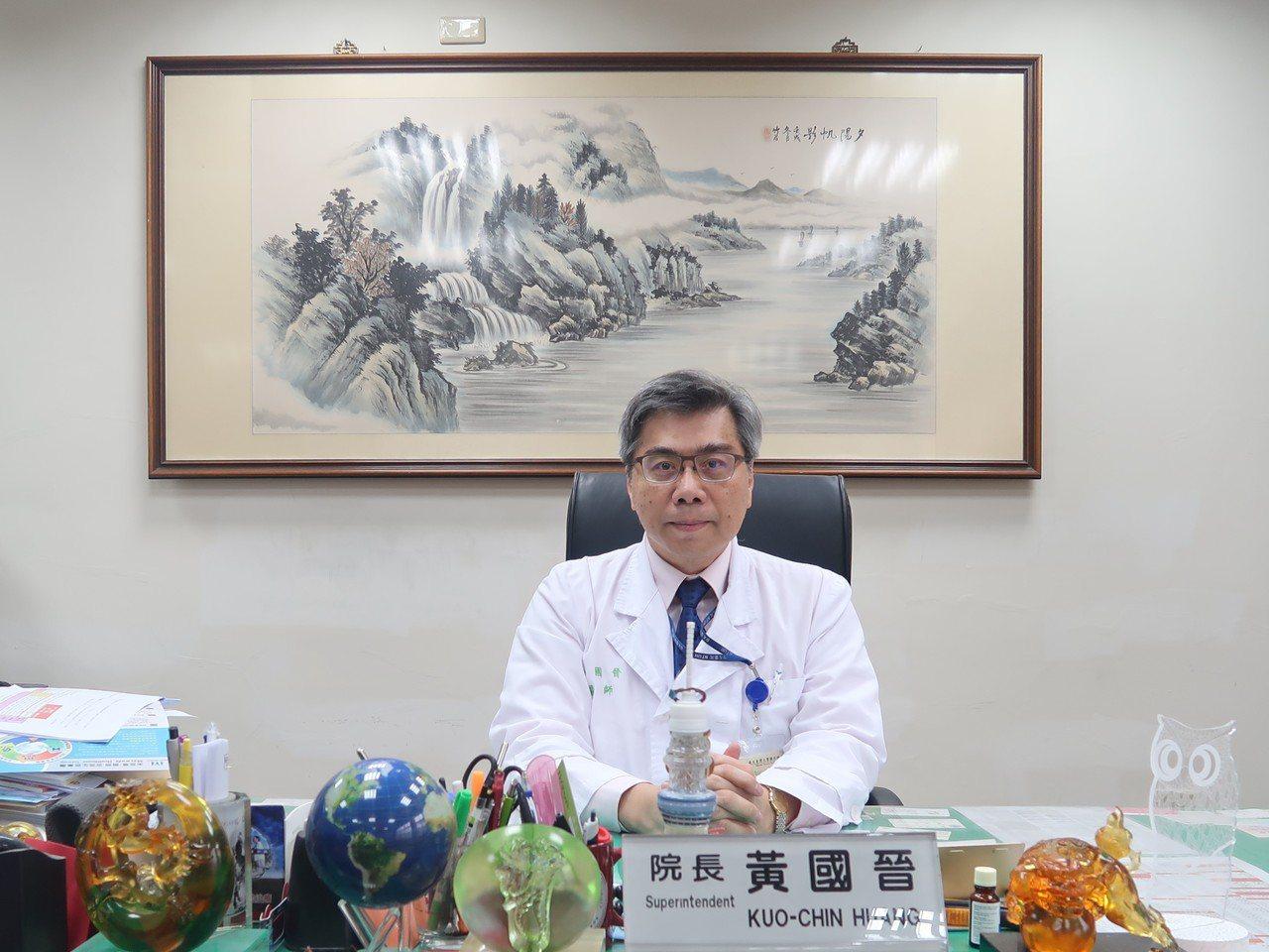 台大醫院北護分院院長、台灣家庭醫學醫學會成人疫苗接種建議小組召集人黃國晉表示,幼...