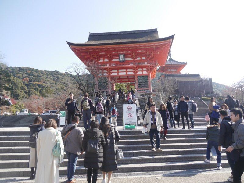 清水寺是日本京都著名景點,一年四季遊客如織。 圖/徐白櫻攝影