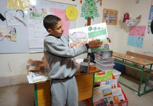 兒童用畫畫的方式呈現他們心目中的遊樂場。 圖/摘自CatalystAction官...