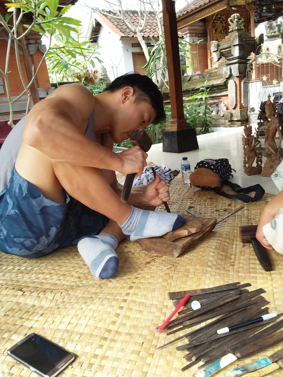 印尼峇里島:在地人的木雕工作坊。 Airbnb /提供
