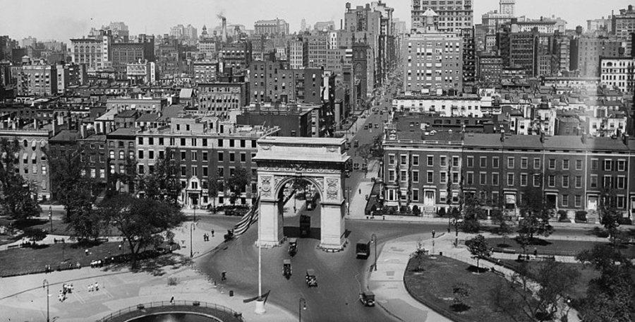 1950年代「重劃華盛頓廣場公園」一案,讓珍雅各第一次登上公眾檯面。 圖/紐約保...
