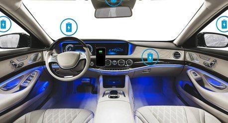 手機放進車內就能無線充電!且還能一次多機?