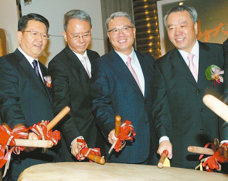 頂新魏家四兄弟登上富比世台灣富豪榜首,身家達72億美元。 本報資料照片