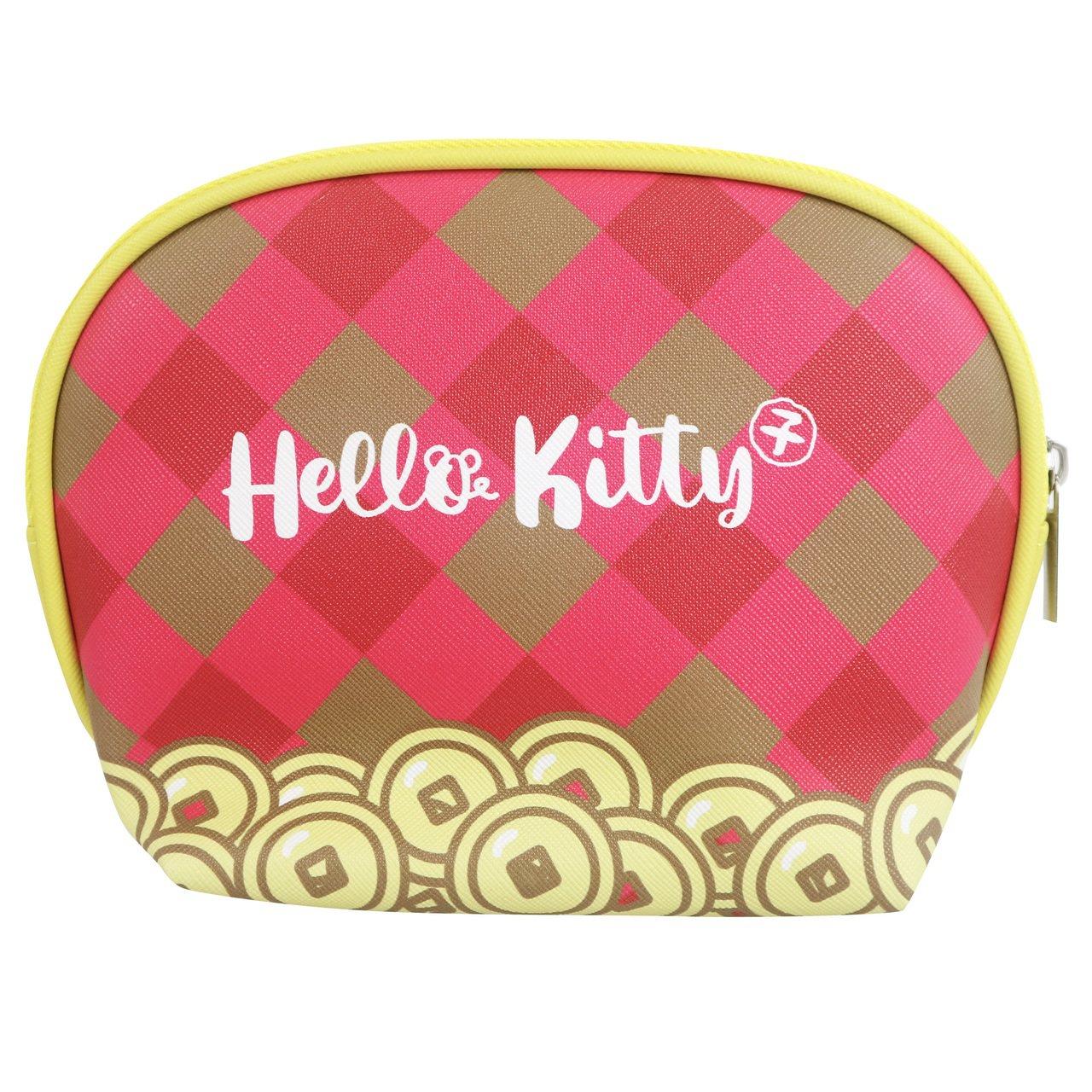 7-ELEVEN「Hello Kitty金鼠年限定萬用包」格紋款背面。圖/7-E...