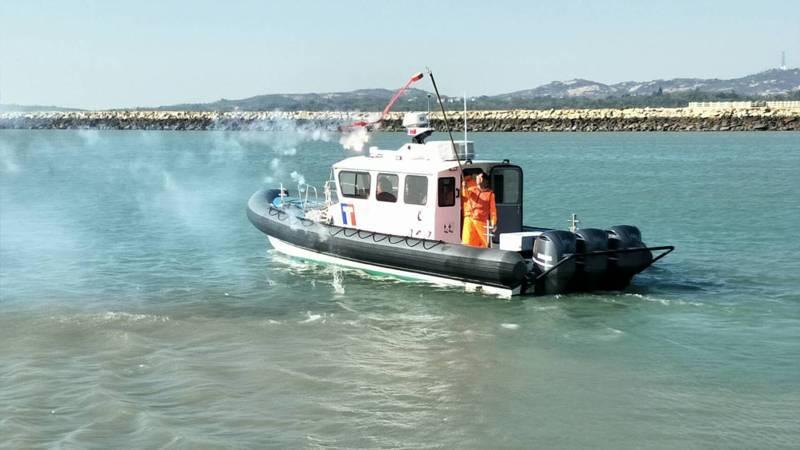 金門海巡隊為提升執勤能量,於本月8日新增1艘多功能艇「CP-1020」,最大航速可達45節,為目前最快、最靈活的執法快艇,將可有效打擊大陸快艇漁船近岸作業。圖/金門海巡隊提供