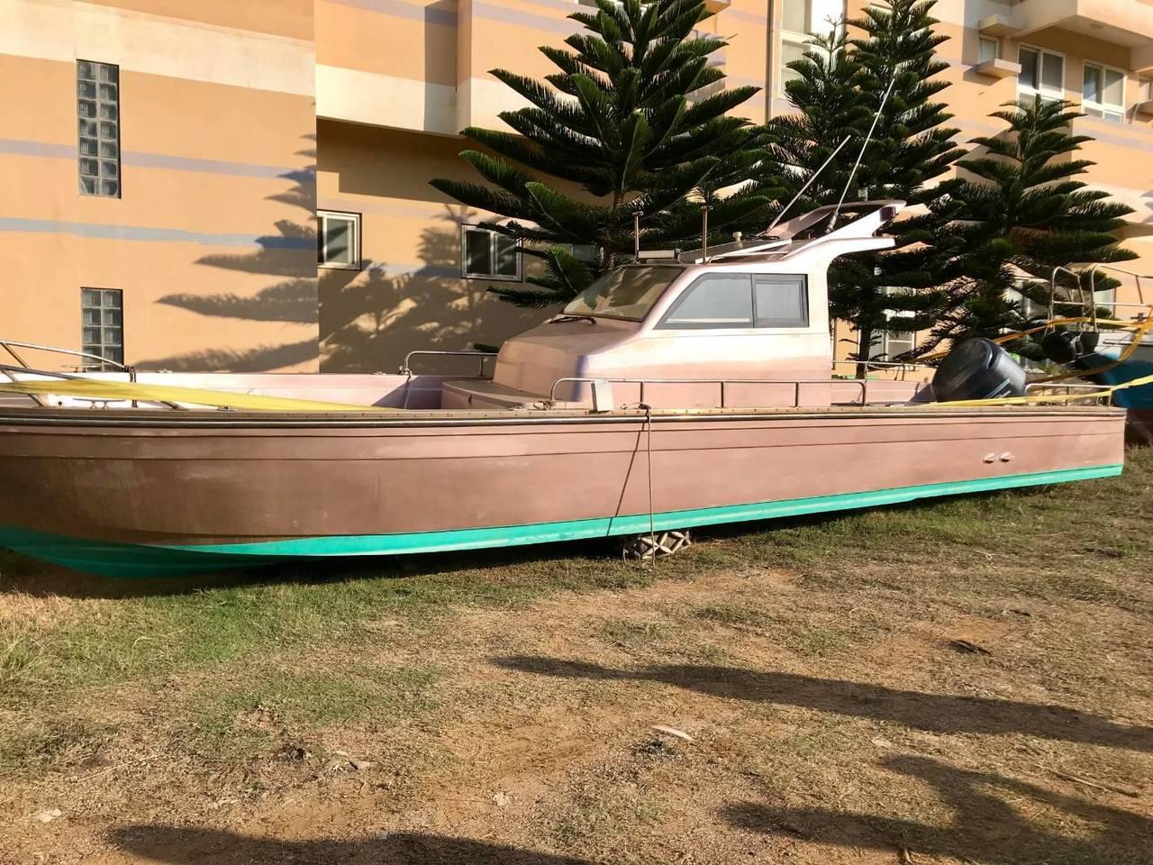 作案用的「海陽號」快艇。記者林伯驊/翻攝