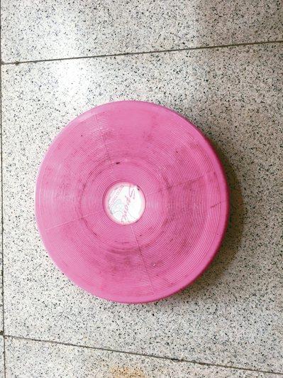 這個圓型轉盤就是我的減肥聖品,吃完大魚大肉,甩甩肉,樂陶陶。 圖╱河馬(高雄市)
