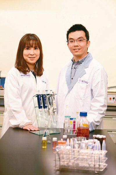 清大醫工所副教授陳韻晶(左)、助理教授魯才德,研發出讓腫瘤血管正常化的抗癌新療法...