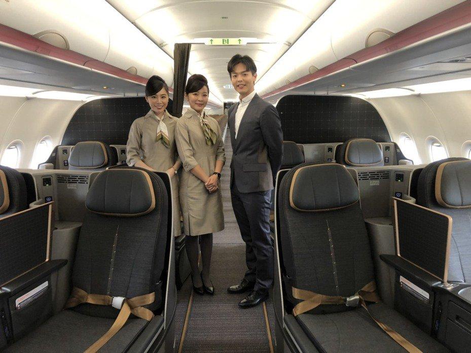 星宇昨天「開箱」A321neo座艙及機艙設備設計。記者侯俐安/攝影