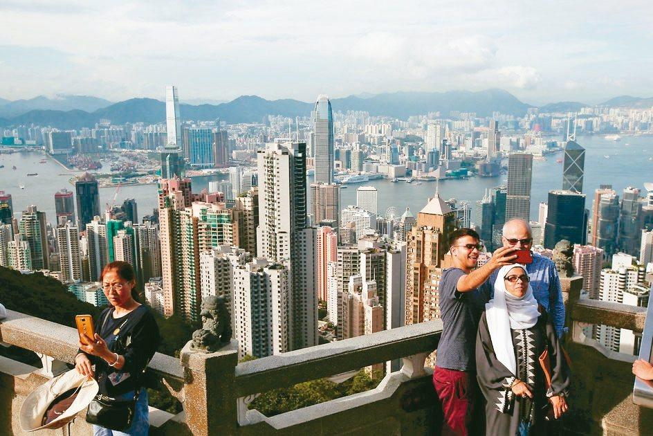 瑞士寶盛集團最新年度調查顯示,香港是全球高檔消費最昂貴的城市。 路透
