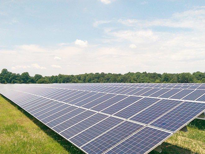 昱鼎美國紐澤西蘭伯頓太陽光電電廠(Lumberton PVPP)俯瞰照。業者/提...