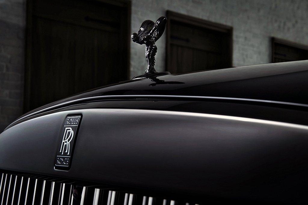 勞斯萊斯Cullinan Black Badge首次將鍍鉻材質材質延伸至女神底座...