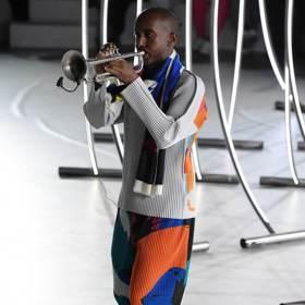 巴黎男裝周/三宅一生結合爵士樂 服裝秀成了即興音樂會