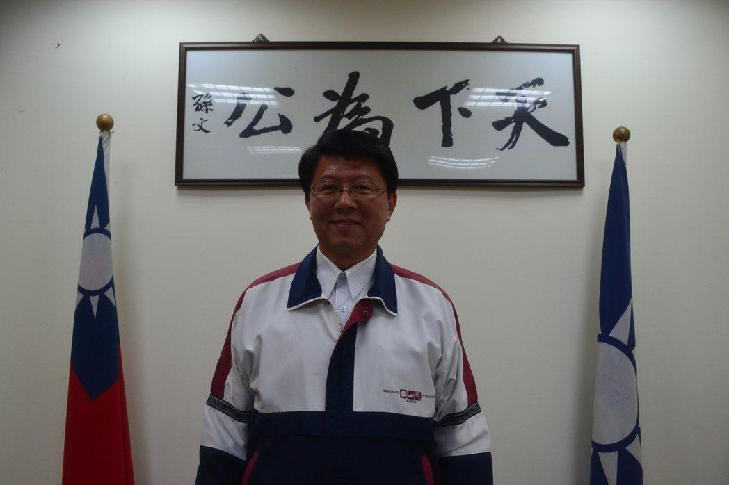 國民黨台南市黨部主委謝龍介認為,92共識沒罪,最重要是重新論述,讓年輕人安心。記...