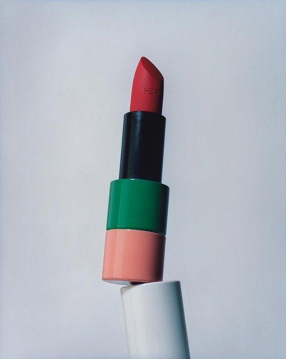 愛馬仕的唇膏終於曝光了。圖/摘自微博