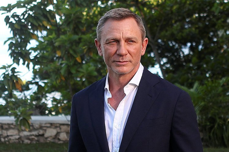 近年來歐美影視圈「選角多元化」和「男女平權」蔚為主流風潮,有些觀眾耳熟能詳的經典影片陸續推出「變性」版本,譬如全部女性掛帥的「魔鬼剋星2016」等,市場反應不一定都理想。永遠的王牌情報員—007詹姆...