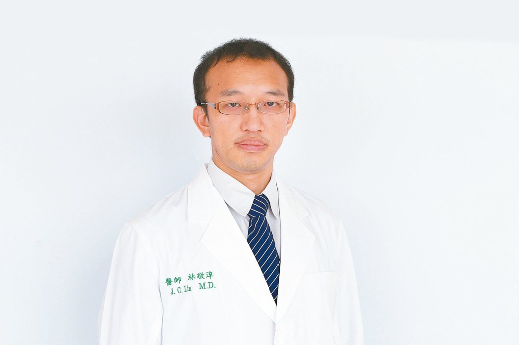 亞大醫院大腸直腸外科主治醫師林敬淳。圖/亞大醫院提供