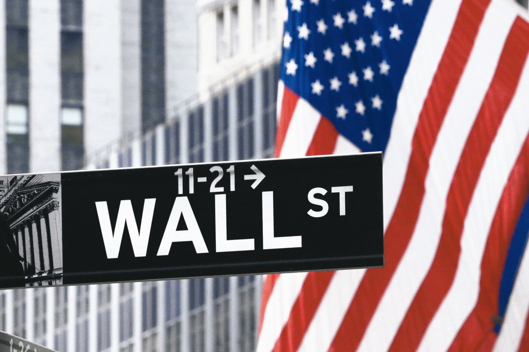 美國科技股去年漲勢驚人,無論是指數或個股股價皆屢創新高,綜觀整個創新科技的成長趨...
