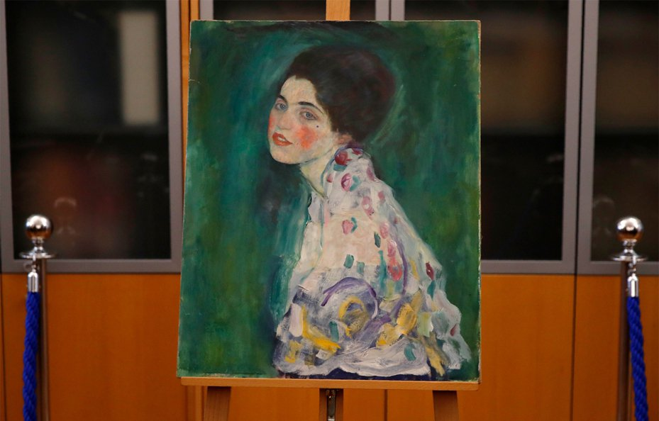知名奧地利畫家克林姆(Gustav Klimt)作品「女士肖像」(Portrait of a Lady)畫作失竊近23年後竟意外找回。 美聯社