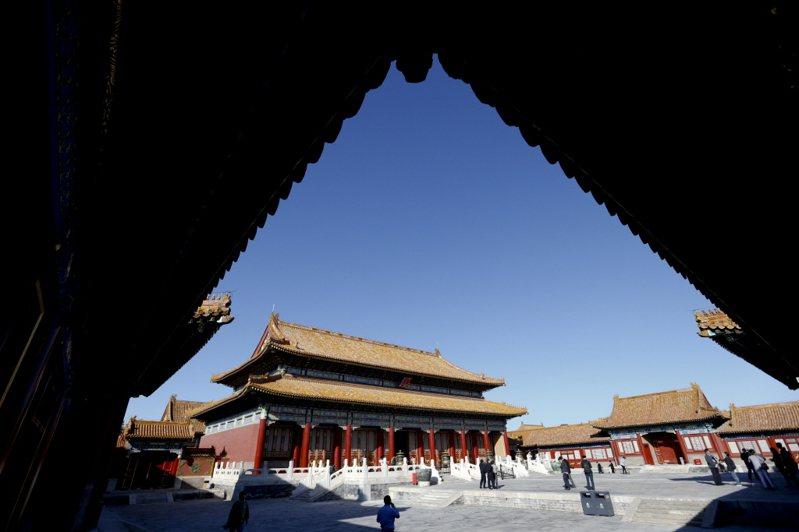 北京故宮博物院2016年正式對觀眾開放寶蘊樓、慈寧宮區域、午門—燕翅樓區域、東華門區域,圖為慈寧宮。  (中新社)