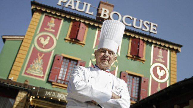 2018年去世的法國「廚神」包庫斯開在里昂郊區的旗艦餐廳被米其林指南降為二星。圖...