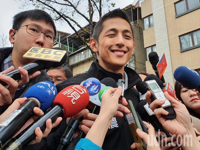 有網友發現,吳怡農似乎有不少白髮。 聯合報系資料照片/記者楊正海攝影