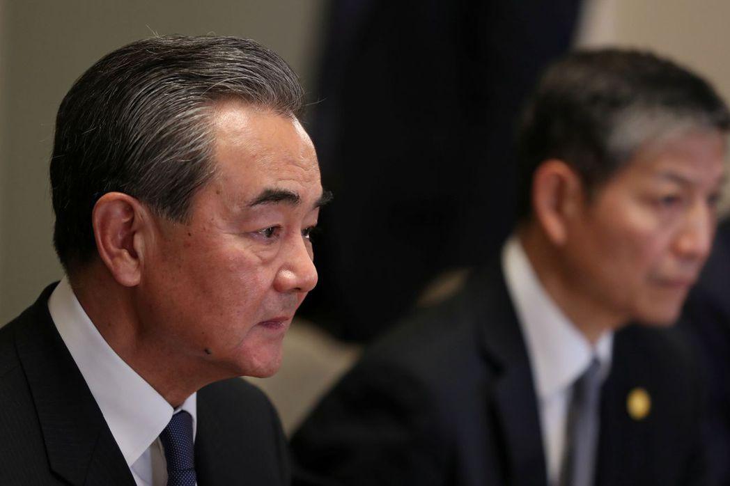 外交部長說:「分裂國家,注定遺臭萬年。」 路透