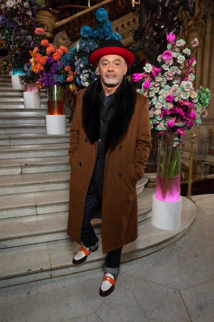 紅底鞋設計師Christian Louboutin也參與了BERLUTI 202...
