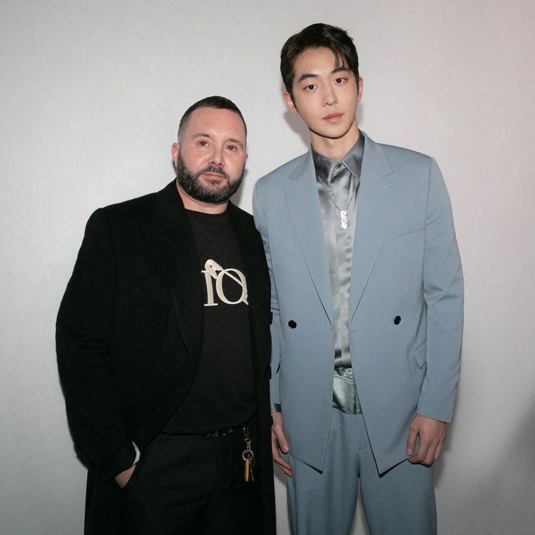 男裝創意總監Kim Jones和南柱赫合影。圖/DIOR提供