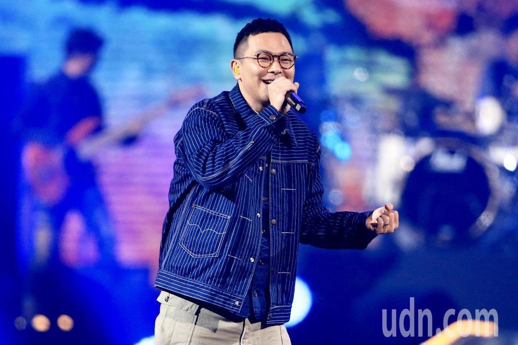第15屆KKBOX風雲榜頒獎典禮,海外嘉賓RubberBand演唱。記者林伯東/...