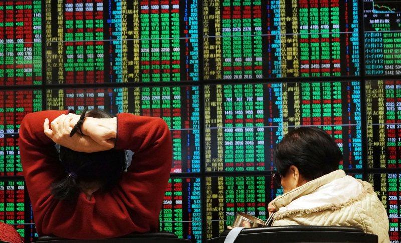 法人建議,民眾買高股息ETF,要避免買在溢價過高的情況。圖/聯合報系資料照片