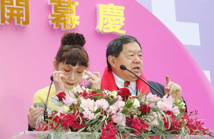 遠東百貨總經理徐雪芳則在致詞時喜極而泣。 記者許正宏/攝影