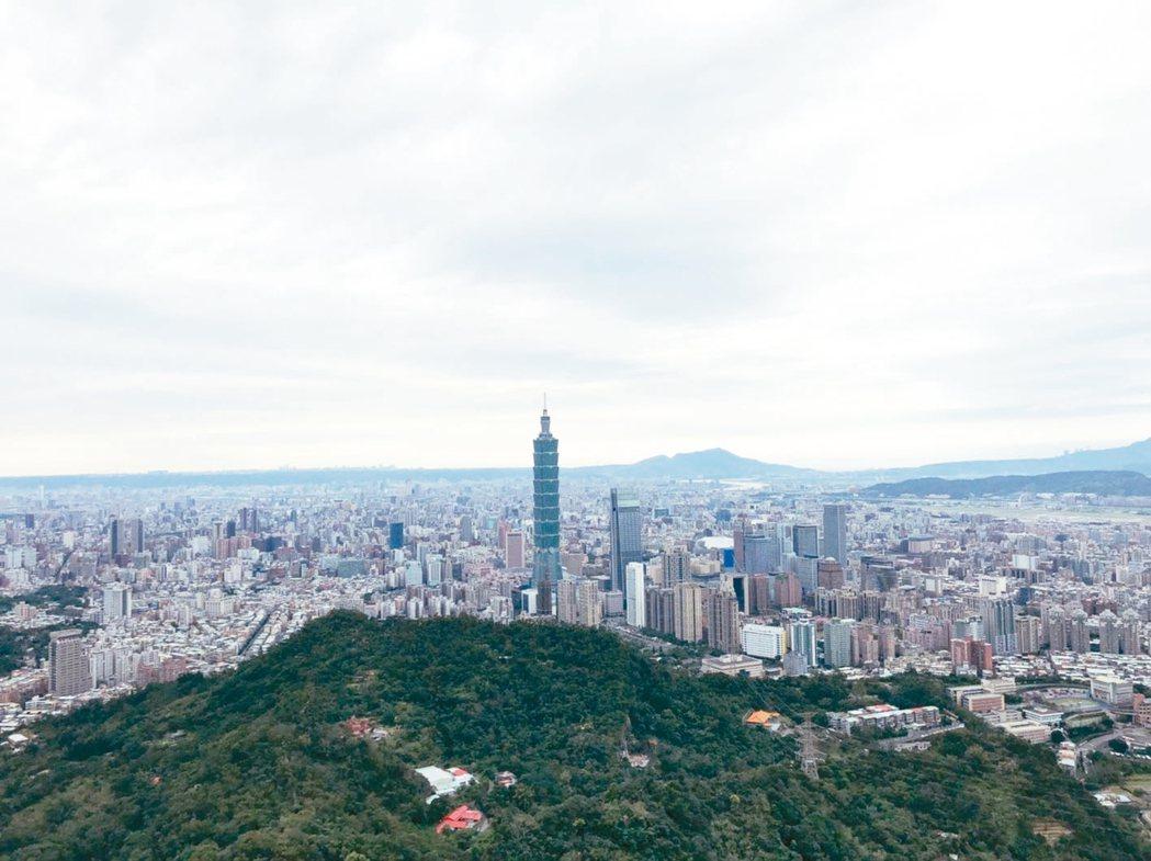 新冠肺炎疫情蔓延全球,重挫多國股市,有網友發問此波疫情是否有機會鬆動台灣房價。 ...