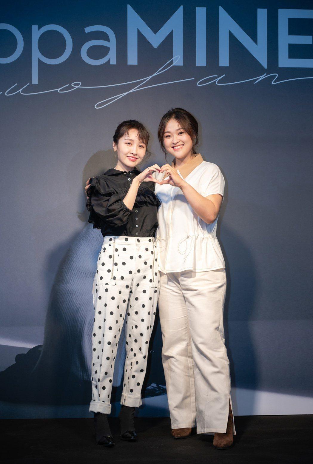 張若凡(左)、許莉潔私下常常鬥嘴。圖/浪LIVE提供