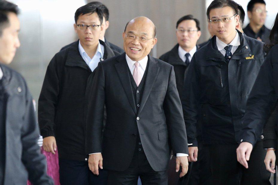 行政院長蘇貞昌(中)。 記者林伯東/攝影