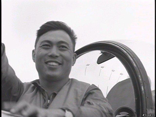 1958年9月24日的溫州灣空戰,李叔元中校成為以飛彈擊落敵機的全球第一人。 圖...