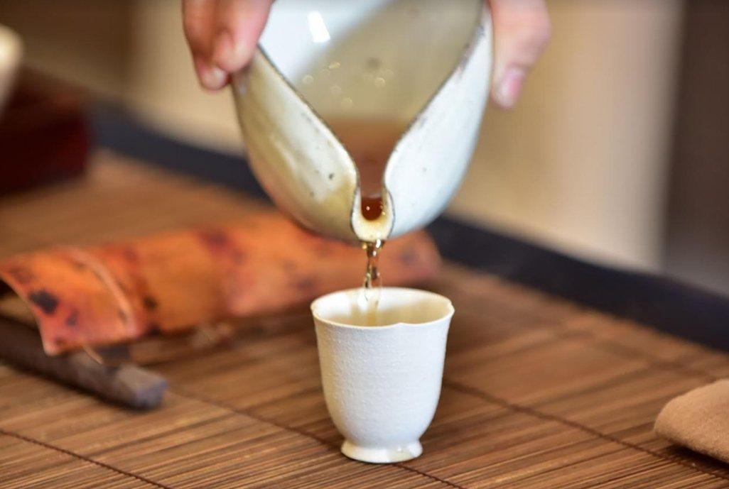 2019年松嶺鬥茶協會,台灣傳統炭焙烏龍茶。 南投縣松嶺鬥茶協會∕提供