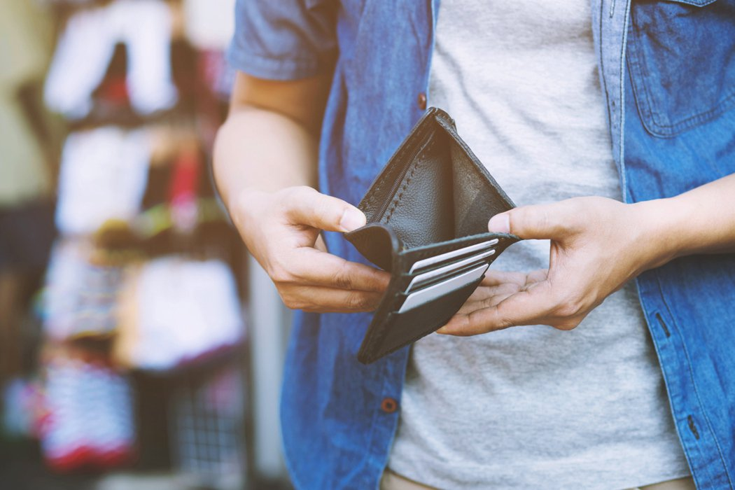 過年最好不要有借貸行為,不管是借錢或借人錢,對運勢都不好。示意圖/ingimag...
