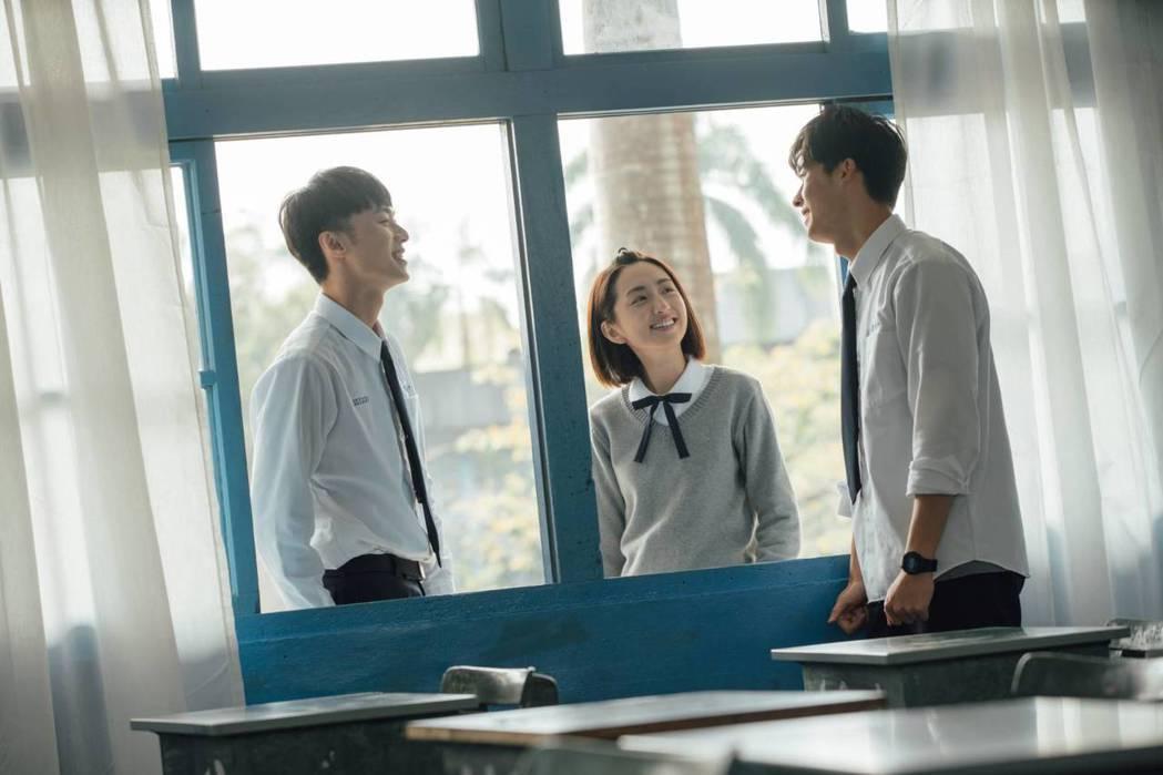 柯佳嬿、許光漢、施柏宇主演的台劇「想見你」掀起討論熱潮。圖/衛視中文台提供