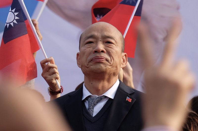 選舉結果雖已塵埃落定,但在高雄,罷免市長韓國瑜與否成為新一輪的大議題。 圖/法新...