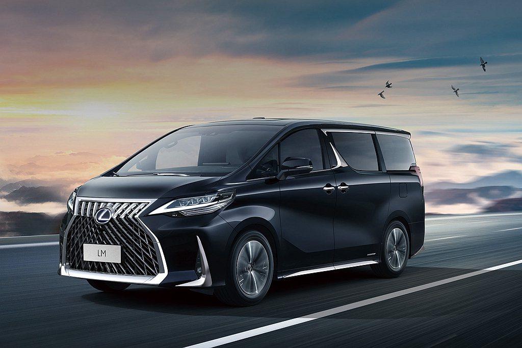 於2020台北車展公開亮相的Lexus LM豪華MPV,日前也在中國市場展開預售...
